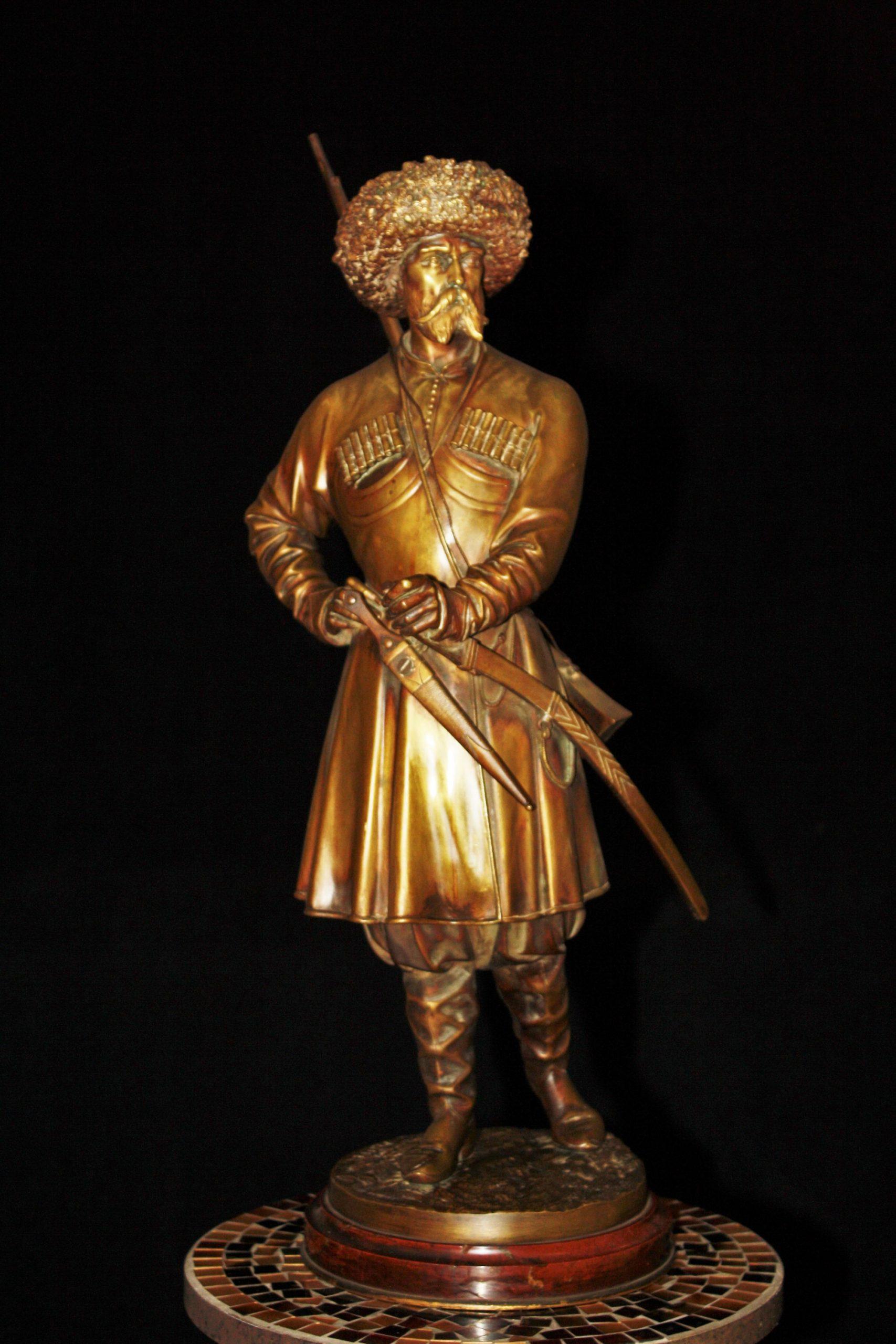 Others-unknown - caucasian-man-soldier-warrior-russian-bronze-statue