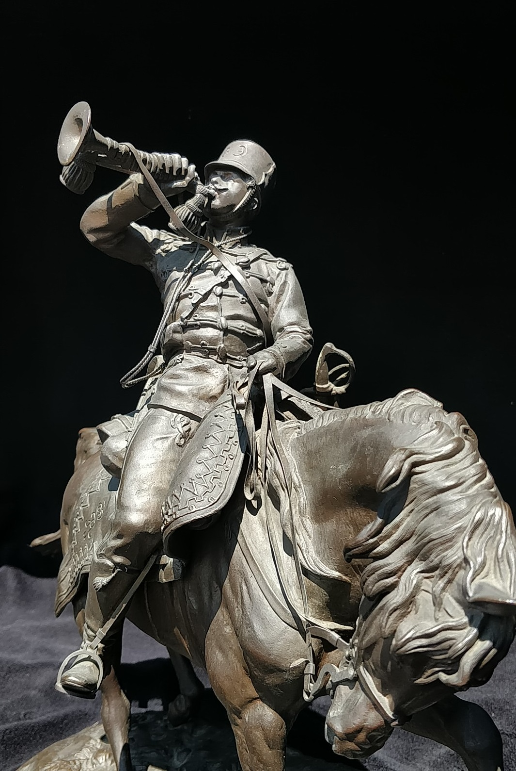 cossack - russian_bronze-sculpture-gussard_bugler