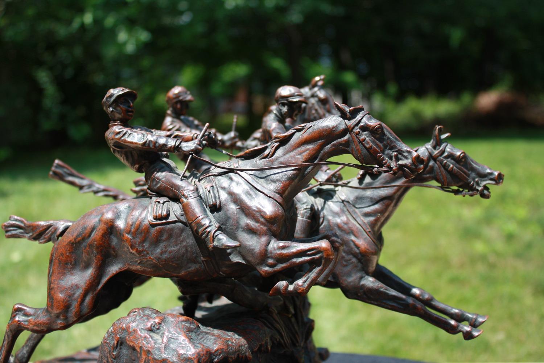 english - Les-Courses-bronze-russe-statue-lanceray-eugen-alexandre