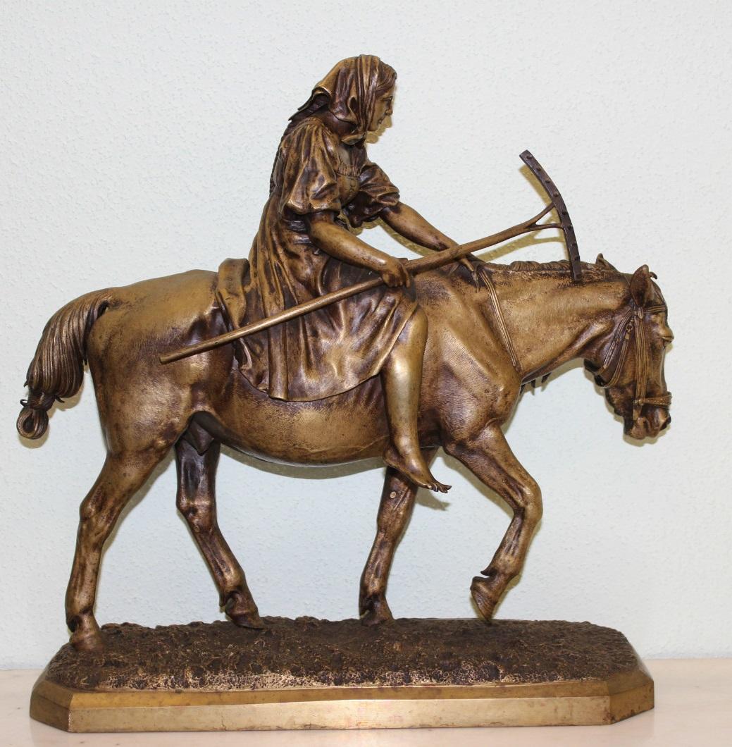 nikolay-ivanovivh-leiberich - 7-bronze-lieberich-woman-horseback-rake-russian